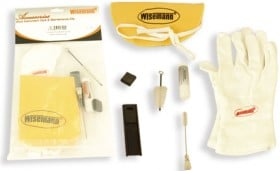 WI-949013 Wisemann Cleaning And Care Kit For Clarinet